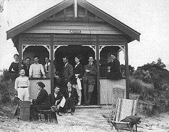 Barwon Heads: Grant's boathouse